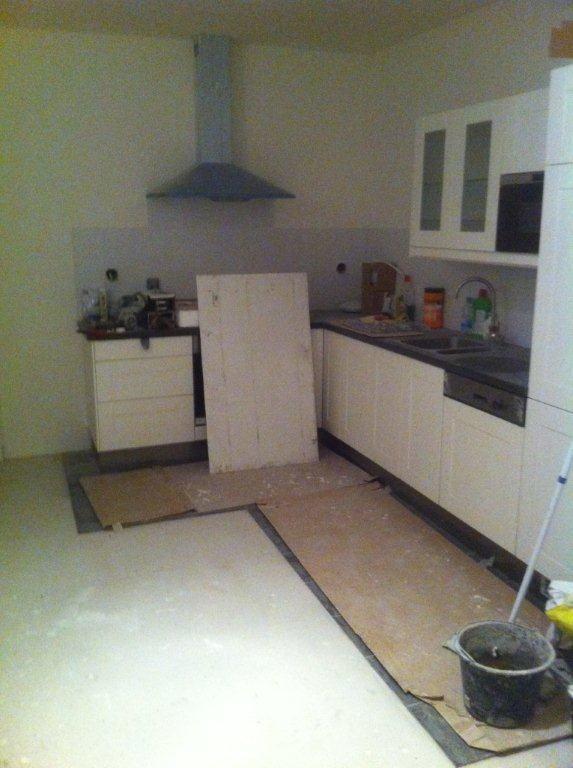 Hoek keuken monteren